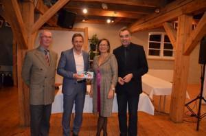 Gruppenfoto mit dem CDU-Kreisvorsitzenden und