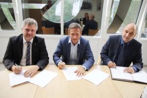 der Vertrag ist unter Dach und Fach 5,1 Million € für 45 Sattelzüge von MAN und Mercedes-Benz