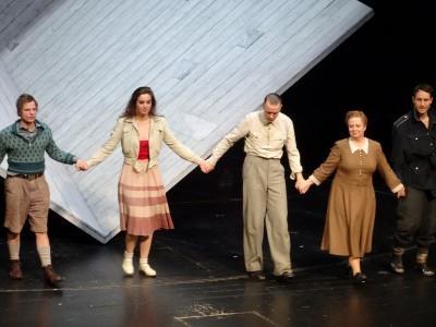 Siegfried Lenz Deutschstunde Thalia Theater Foto Gerd Rapior